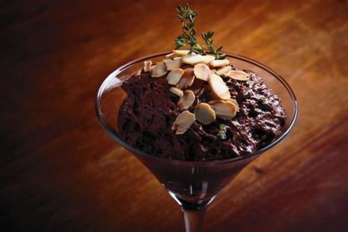MOUSSE DE CHOCOLATE CON ALMENDRA